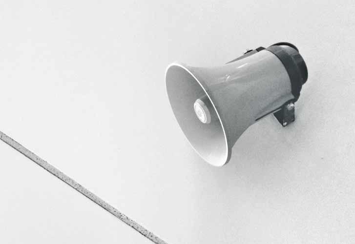 Apparecchio acustico o amplificatore